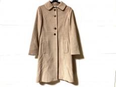 マヌーカのコート