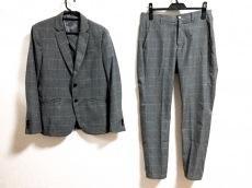 TK (TAKEOKIKUCHI)(ティーケータケオキクチ)のレディースパンツスーツ