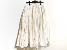 メゾンドソイルのスカート