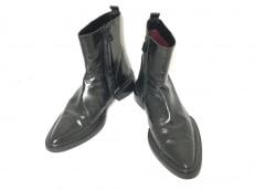 コスチュームナショナルオムのブーツ