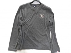 ラウラフェリーチェのTシャツ