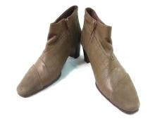 マドラスのブーツ