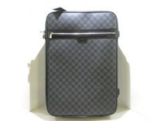 LOUIS VUITTON(ルイヴィトン)のペガス60のキャリーバッグ