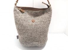 フォルナのショルダーバッグ