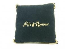 フィフィ&ロメオの小物