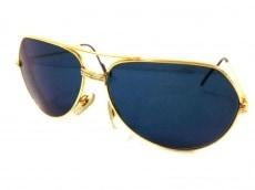 カルティエのサングラス