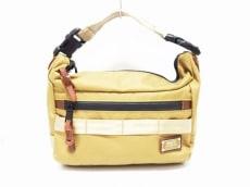 アッソブのハンドバッグ