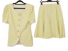VERSUS(ヴェルサス)のスカートスーツ