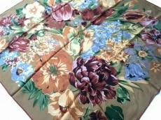 イヴサンローラン スカーフ美品  ブラウン×ボルドー×マルチ 花柄