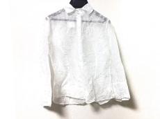 アンフォンティーヌのシャツブラウス