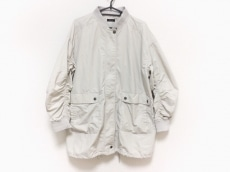 アンナデイズのコート