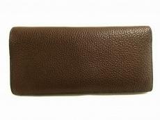 メゾンタクヤの長財布