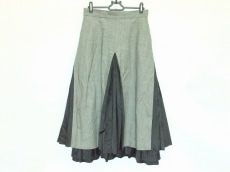 アールビーエスのスカート