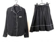 リルリリーのスカートセットアップ