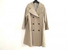 バスコネストのコート