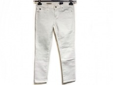 エージーアドリアーノゴールドシュミットのジーンズ