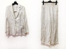 IENA(イエナ)のレディースパンツスーツ