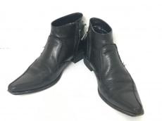 アトリエサブメンのブーツ