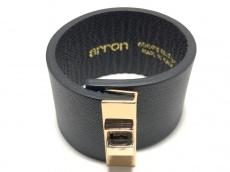 arron(arron)のブレスレット