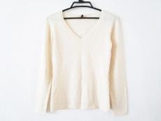 マニアニエンナのセーター