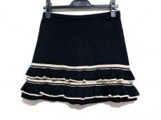 マニアニエンナのスカート