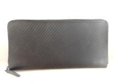コランダムの長財布