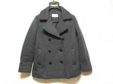 シーグリーンのコート
