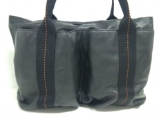 HERMES(エルメス)のキャラバンホリゾンタルMMのハンドバッグ