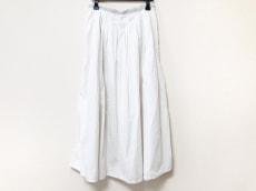 ルピボットのスカート