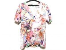 アンリアレイジのTシャツ