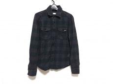 undecoratedMAN(yoshio kubo)(アンデコレイテッドマン ヨシオクボ)のシャツ