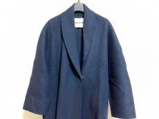 アヴァアドールのコート