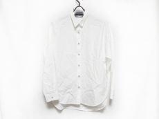 アッパーハイツのシャツ