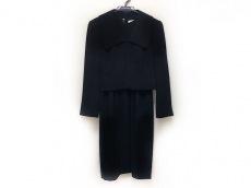 ユキサブロウワタナベのワンピーススーツ