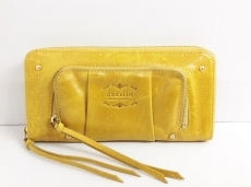 ダズリンの長財布