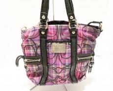 COACH(コーチ)のポピー タータン スポットライトのショルダーバッグ