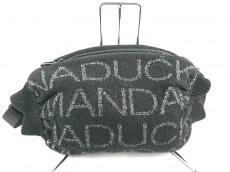 MANDARINA DUCK(マンダリナダック)のウエストポーチ