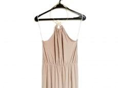 ミスガイデッドのドレス