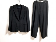 GIORGIOARMANI CLASSICO(ジョルジオアルマーニクラシコ)のレディースパンツスーツ