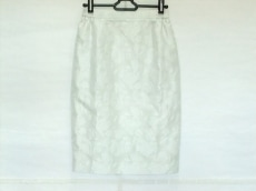 YUKITORII(ユキトリイ)のスカート