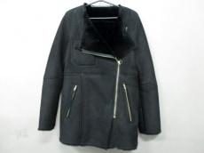ティ ヤマイ パリのコート