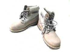 キャタピラーのブーツ