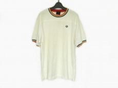 アリーナ×ルシアンペラフィネのTシャツ