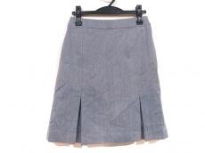 オンリーのスカート