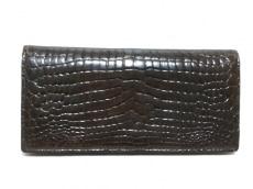 クロコダイルスキンの長財布