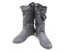 デヴィジオのブーツ