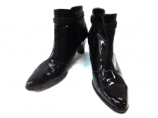 エレガンスヒミコのブーツ