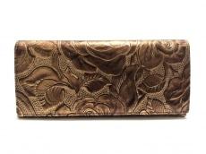 アルカンの長財布