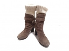 オブジェクツインミラーのブーツ