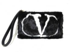 VALENTINOGARAVANI(バレンチノガラバーニ)のクラッチバッグ